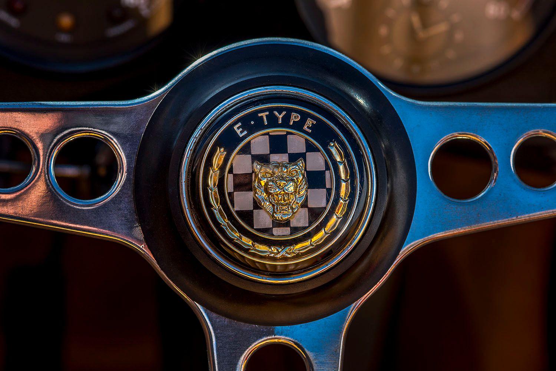1966 e Type Jaguar Steering wheel with logo