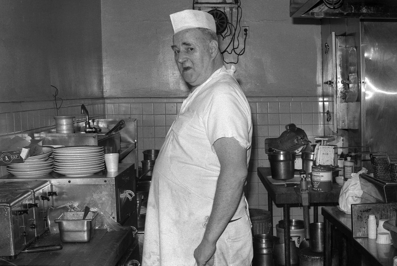 Restaurant Cook, 1975