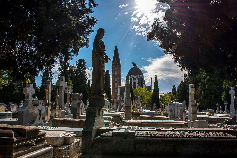 La Almudena Cemetery
