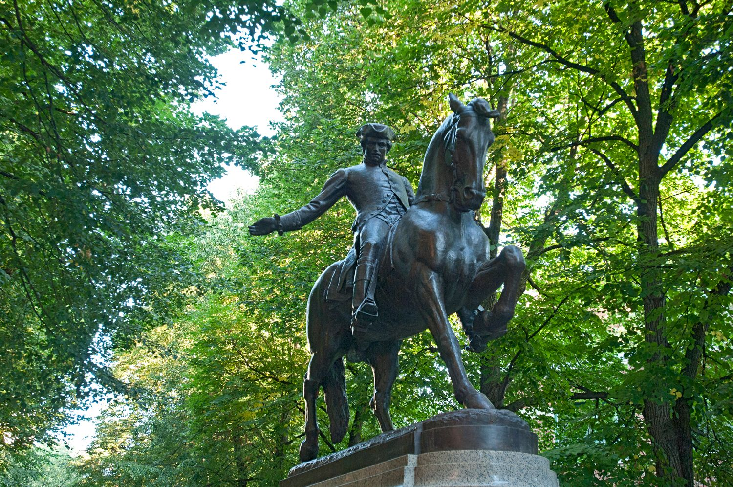 Bronze Statue of Paul Revere