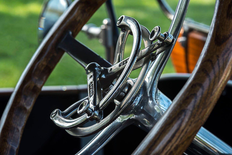 1913 American Underslung Steering Wheel