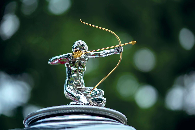 1932 Pierce-Arrow 54 Hood Ornament
