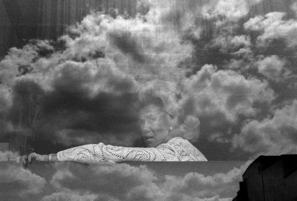 Head in the Clouds 02 1973 B.jpg