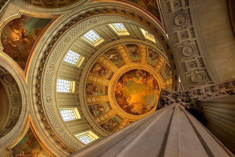 Interior rotunda in Les Invalides. Paris, France.