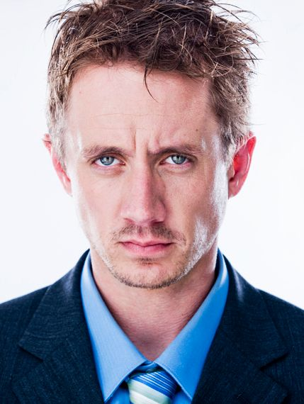 4_0_346_1chadlindberg_williamcole_close_suit_570_web_HEADER.jpg