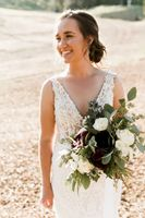 Bridal Portrait Photos with bouquet