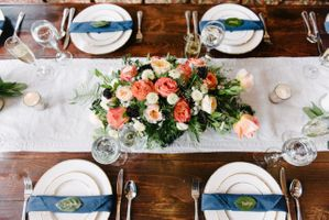 Farmhouse Table Flower Arrangement