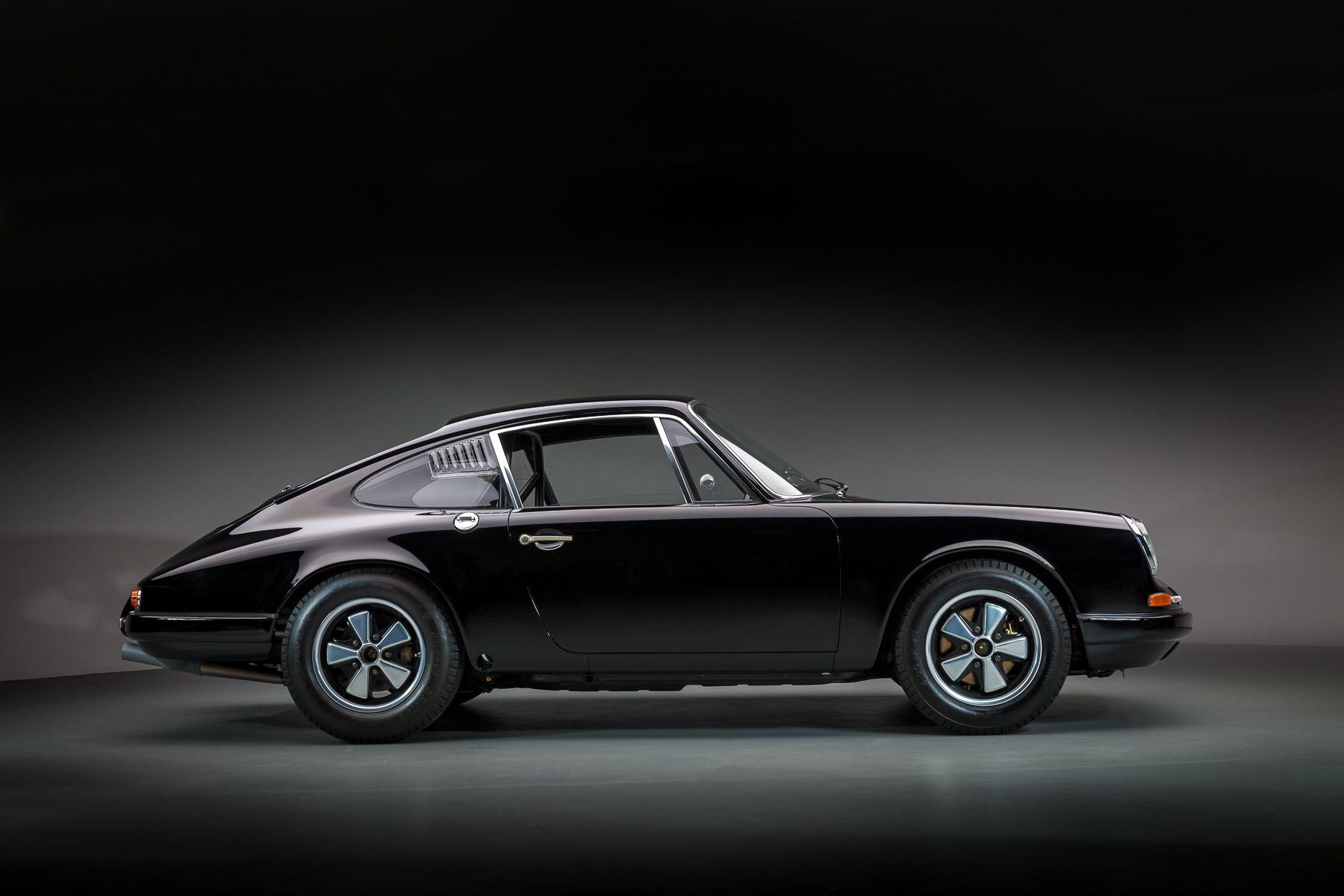 911R BLACK-171.jpg