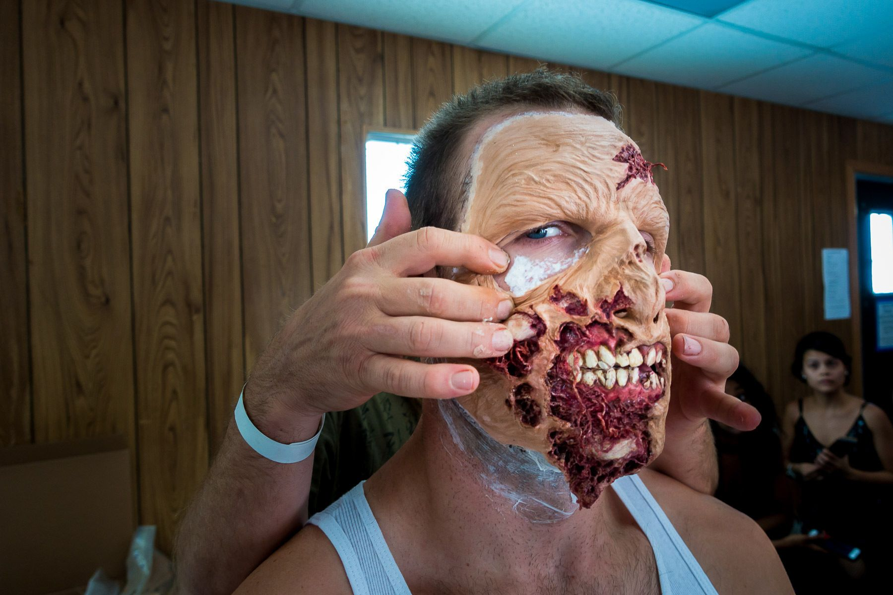 Zombie in makeup for Comic-Con