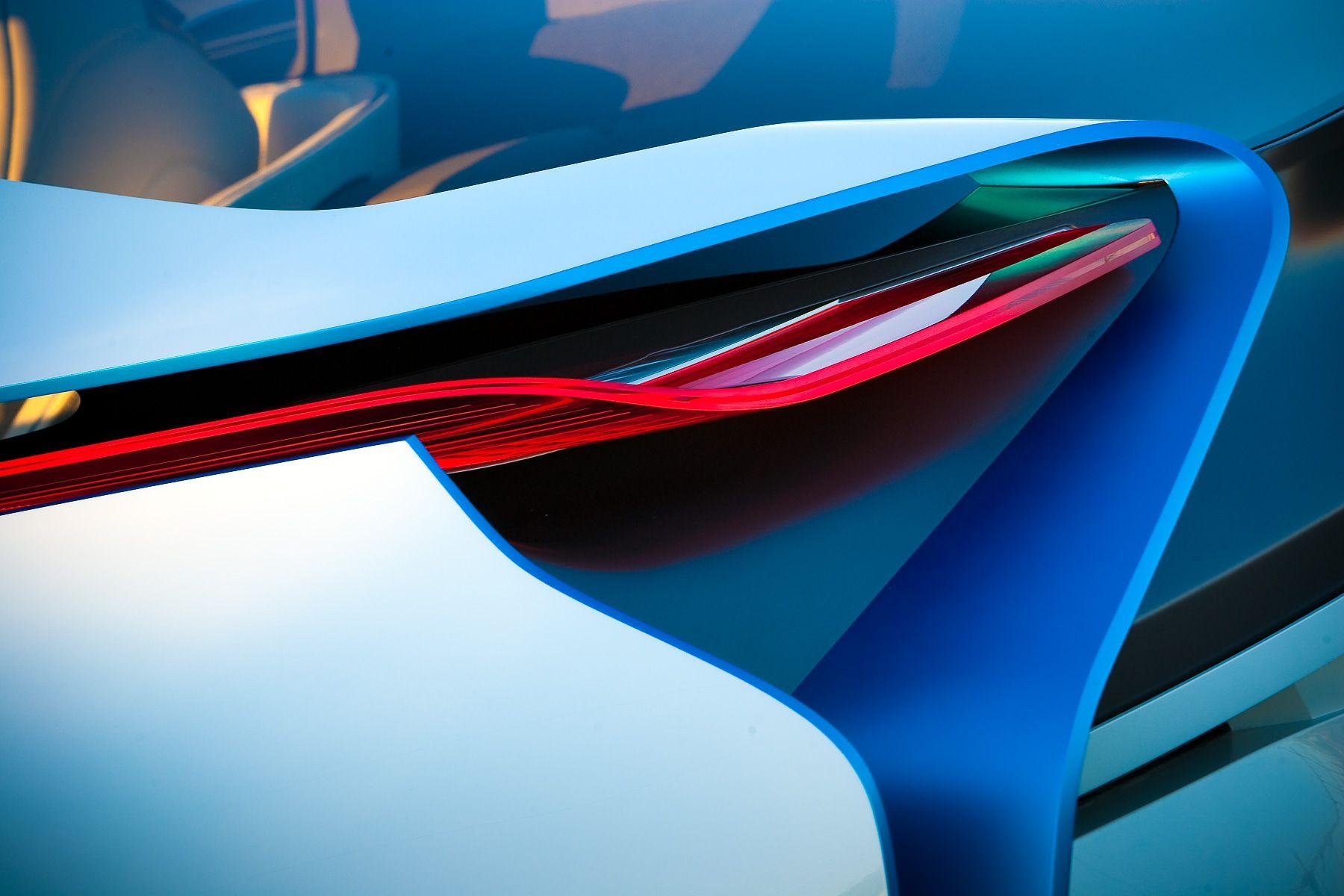 R&T-BMW-0003.jpg
