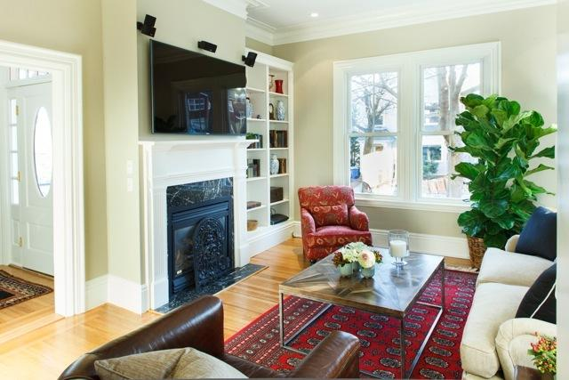 1toh_livingroom_1.jpeg