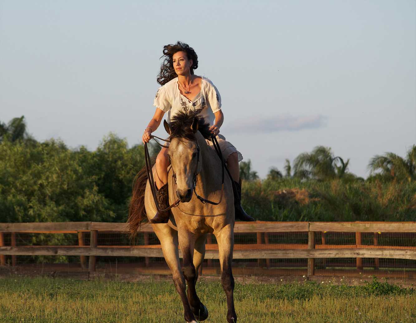 horse riding pictures