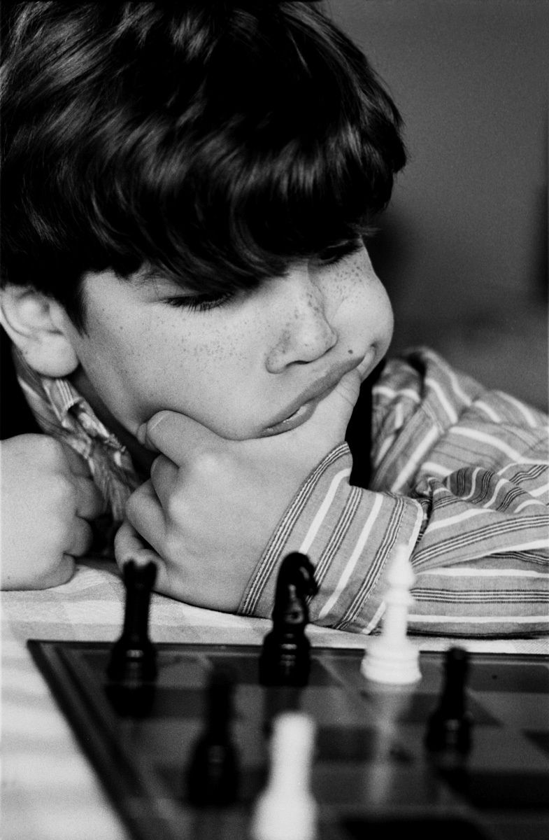 playing chess pictures