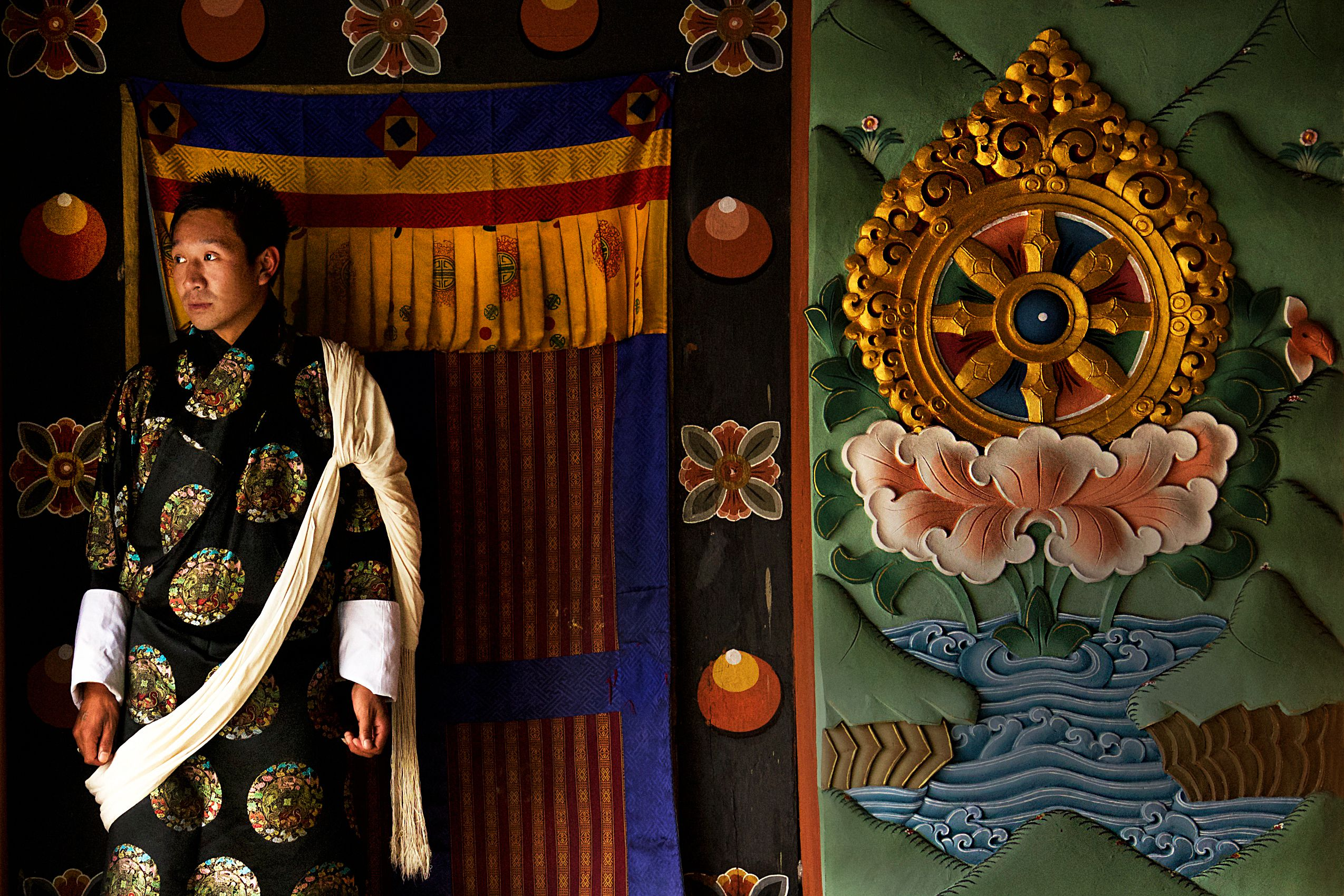 ceremonial robe pictures