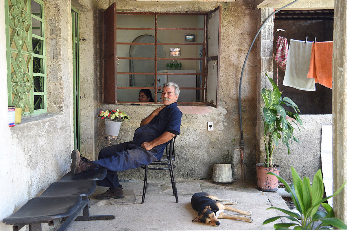 Cuba people pictures