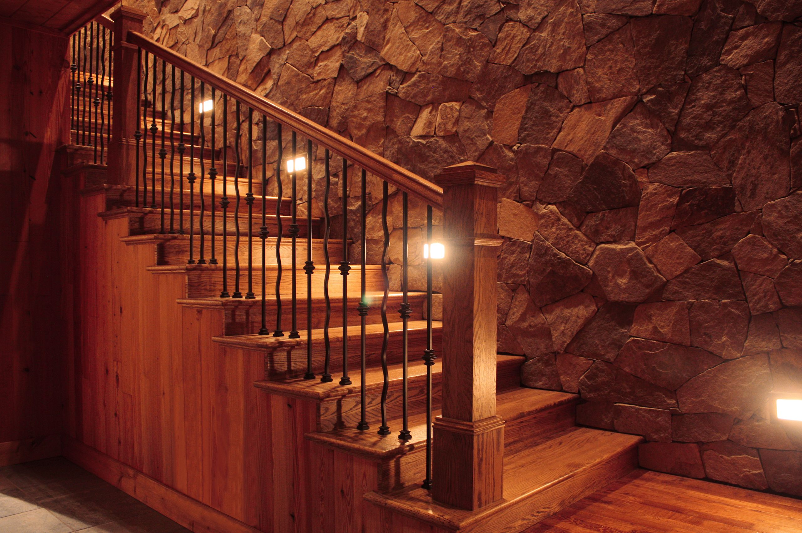 MountainRetreat-Lake Nantahala-NorthCarolina-EntryStair.jpg