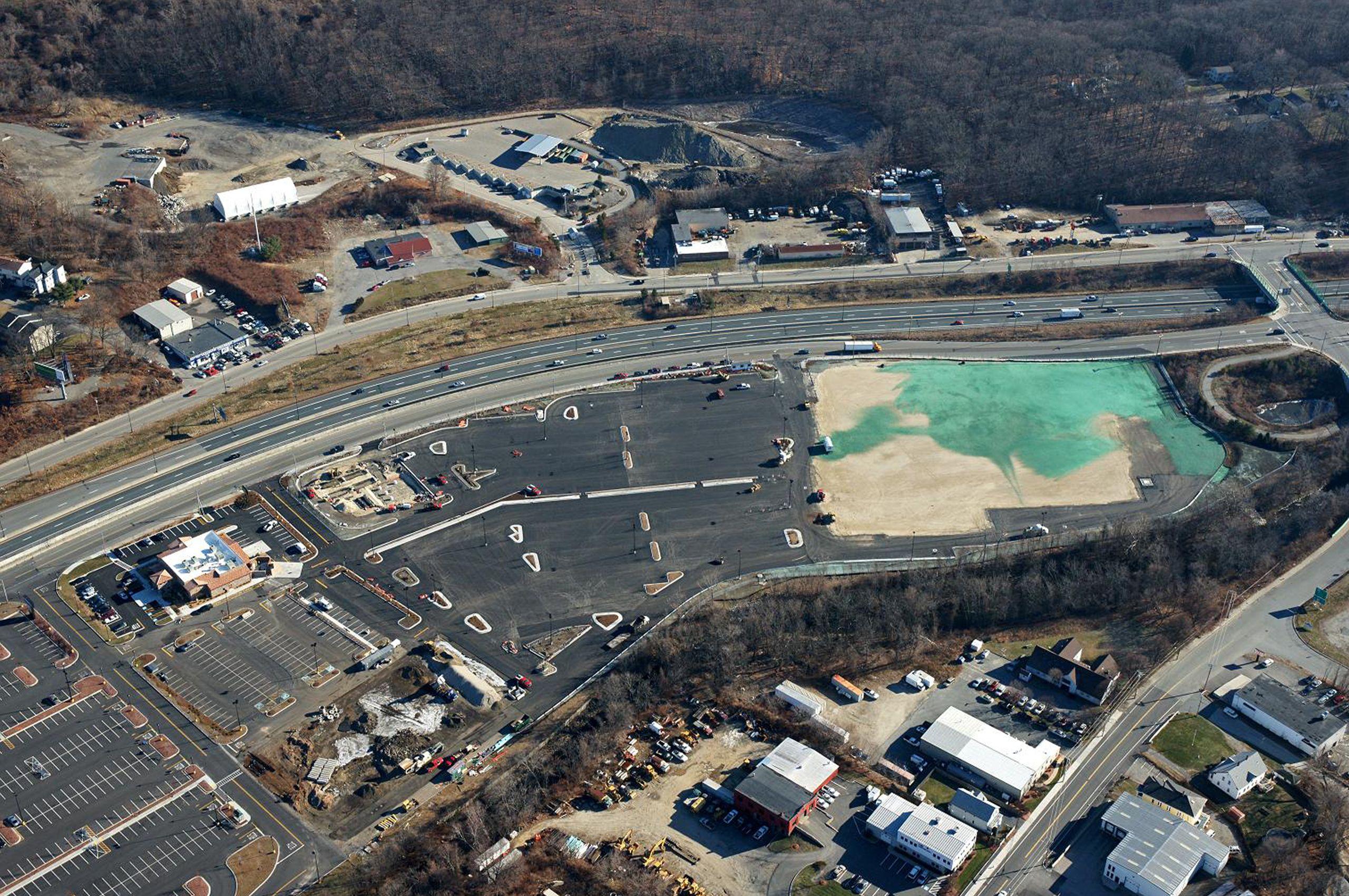 WorcesterCrossing-aerial-12-2010.jpg