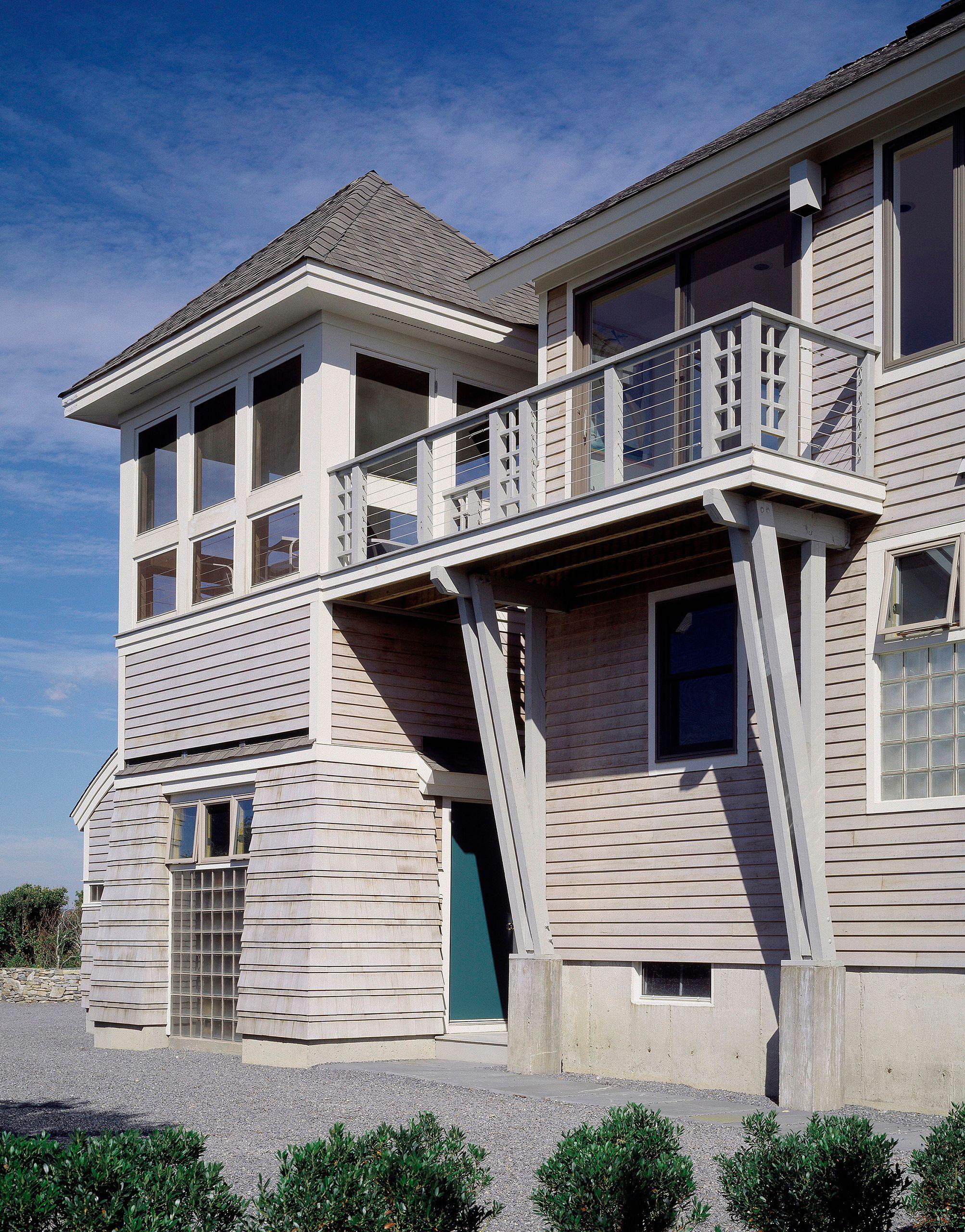 IslandHouse-SKingstownRI-ExteriorDetail.jpg