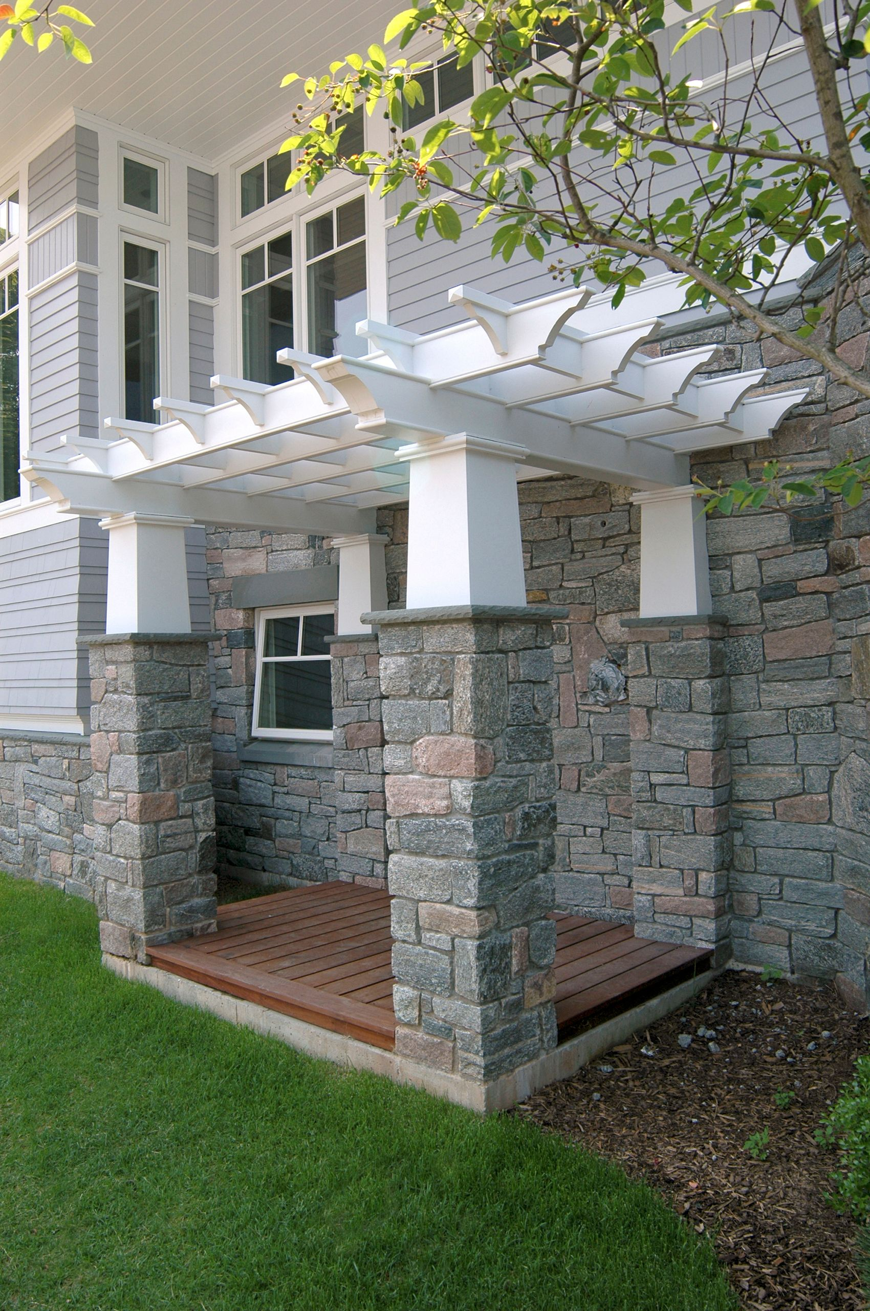 GuildfordCT-Residence-OutdoorShower.jpg