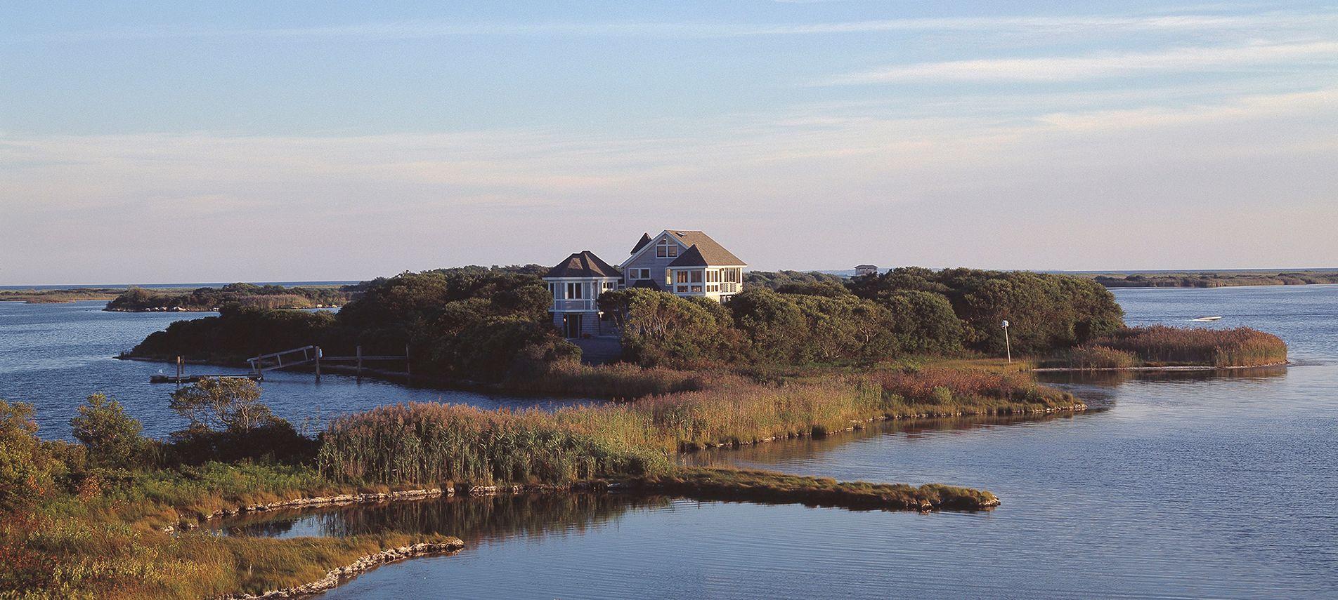 IslandHouse-SKingstownRI-Aerial.jpg