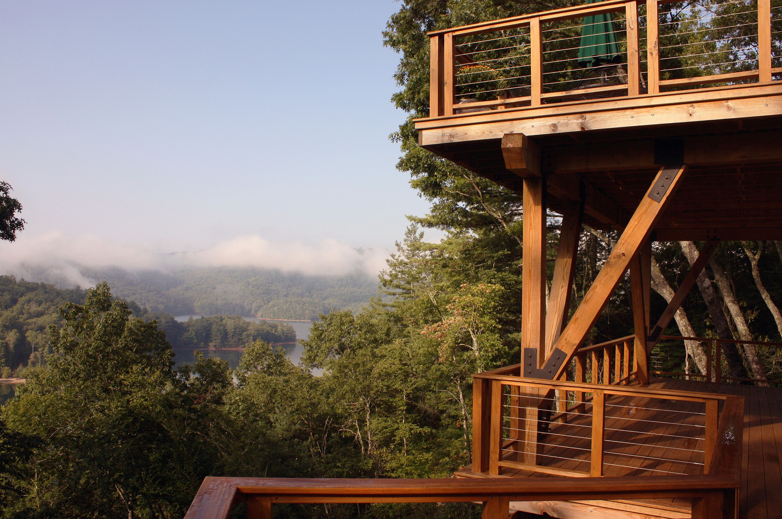 MountainRetreat-Lake Nantahala-NorthCarolina-LowerDeck.jpg