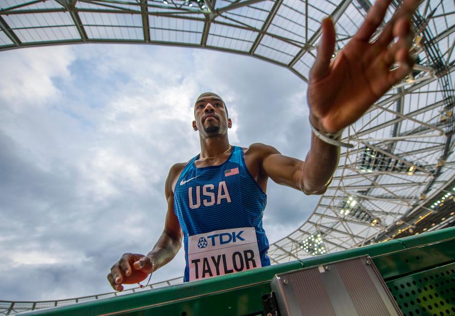 2017 IAAF WC London night 4 taylor x 1  4083 jeff cohen photo  .jpg