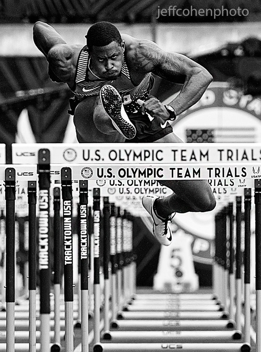 1r2016_oly_trials_day_7_d_oliver_100mh_bw_jeff_cohen_photo_22113_web.jpg