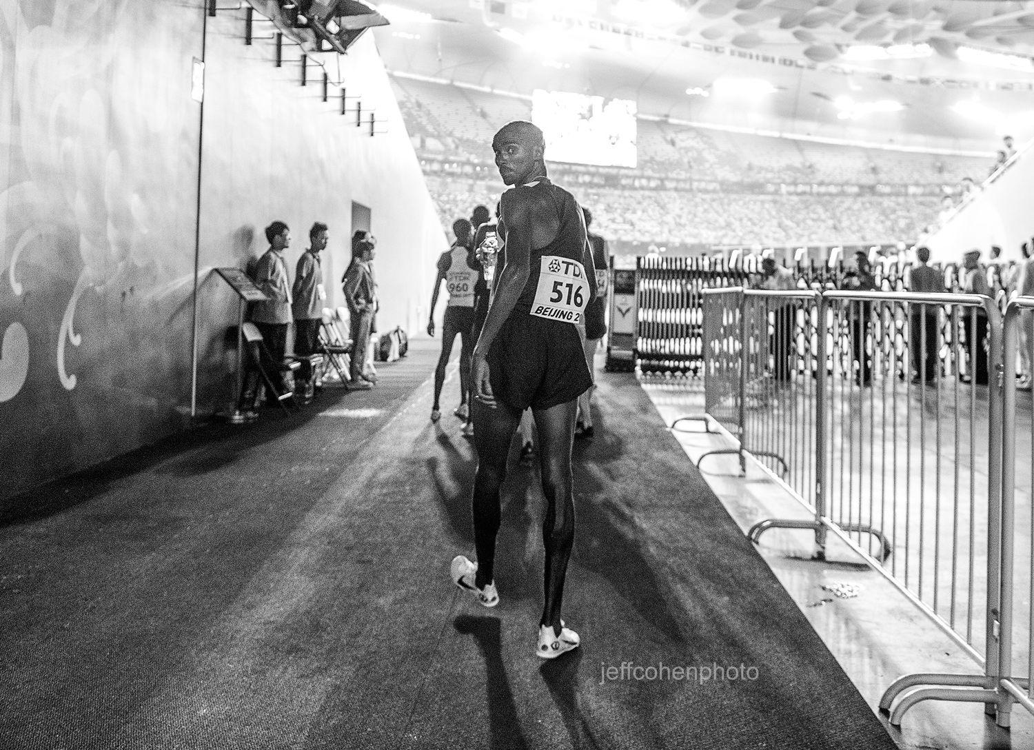 1beijing2015_night_8_mo_looks_back_jeff_cohen_photo_30661_web.jpg