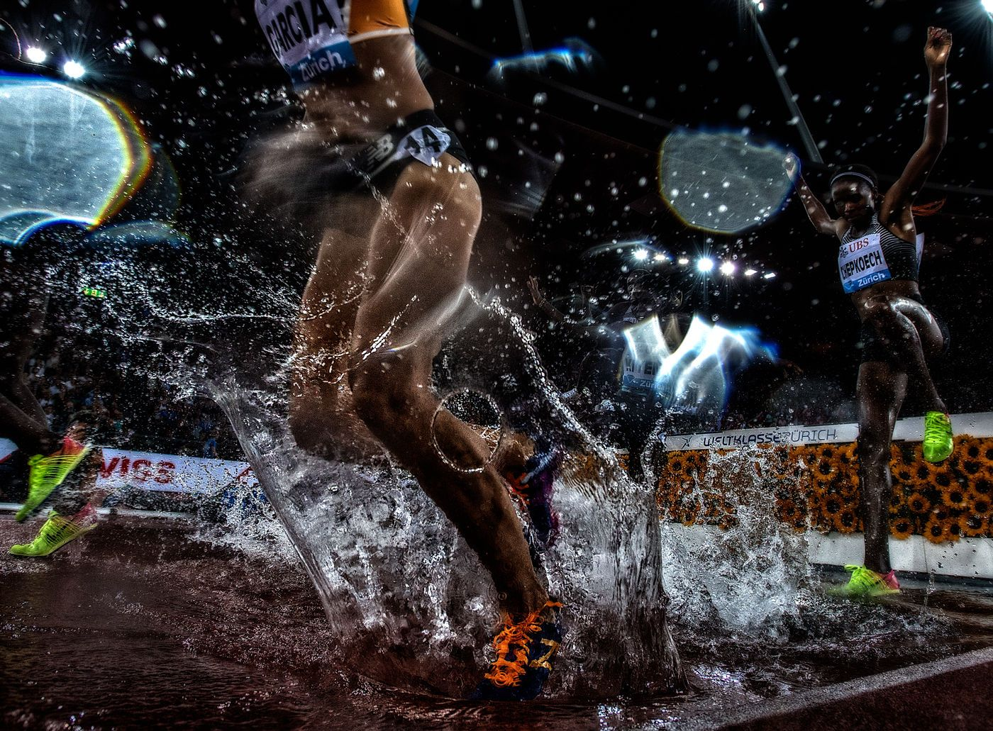1r2016_weltklasse_zurich_steeple_w_splash_3_jeff_cohen_photo_224_web.jpg