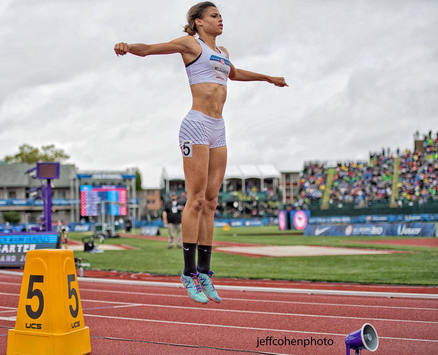 1r2016_oly_trials_day_9_sydney_mclaughlin_400hw_jump_jeff_cohen_photo_28066_web.jpg