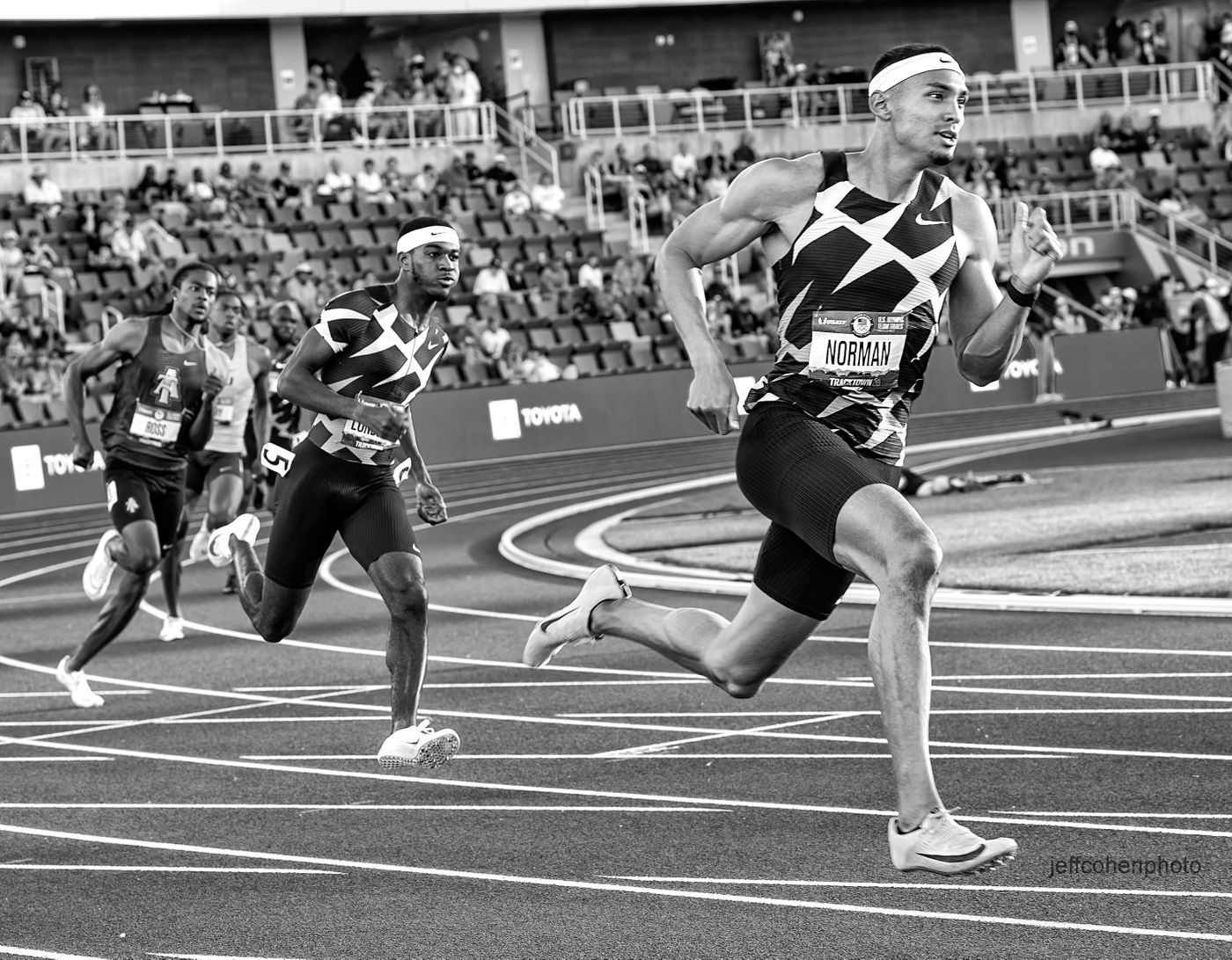 norman-400m-2021-US-Oly-Trials-day-2-2593-jeff-cohen-photo--web.jpg