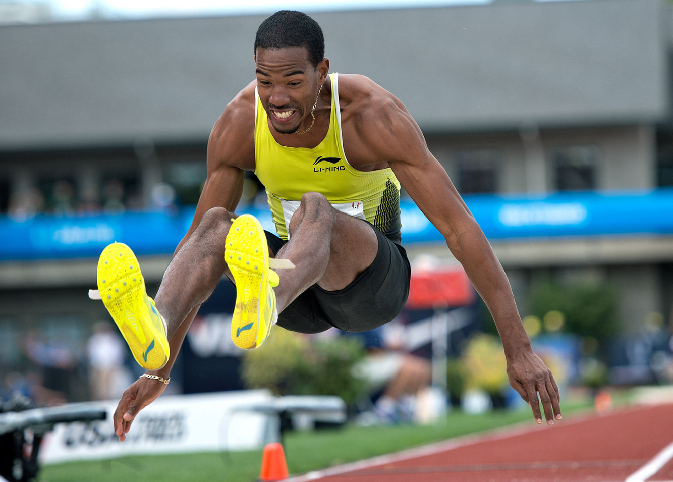 1ustrials_2012_charles_taylor_lj_track_and_field_image_jeff_cohen_photo_lb.jpg