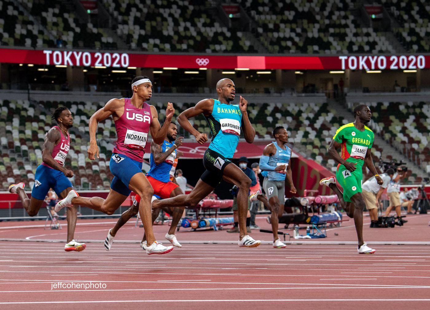 400m-2020-tokyo-oly-day-7-night-2634-jeff-cohen-photo---copy-web.jpg