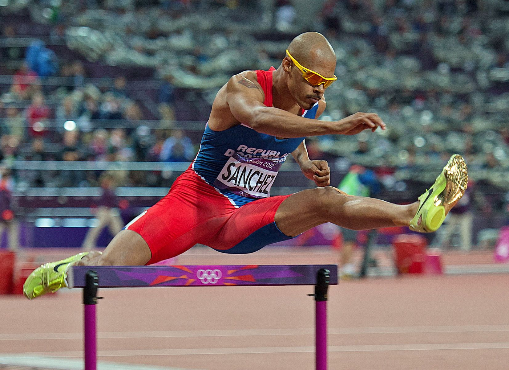 1london2012_felix_sanchez_400mh_track_and_field_image_jeff_cohen_photo_lb.jpg