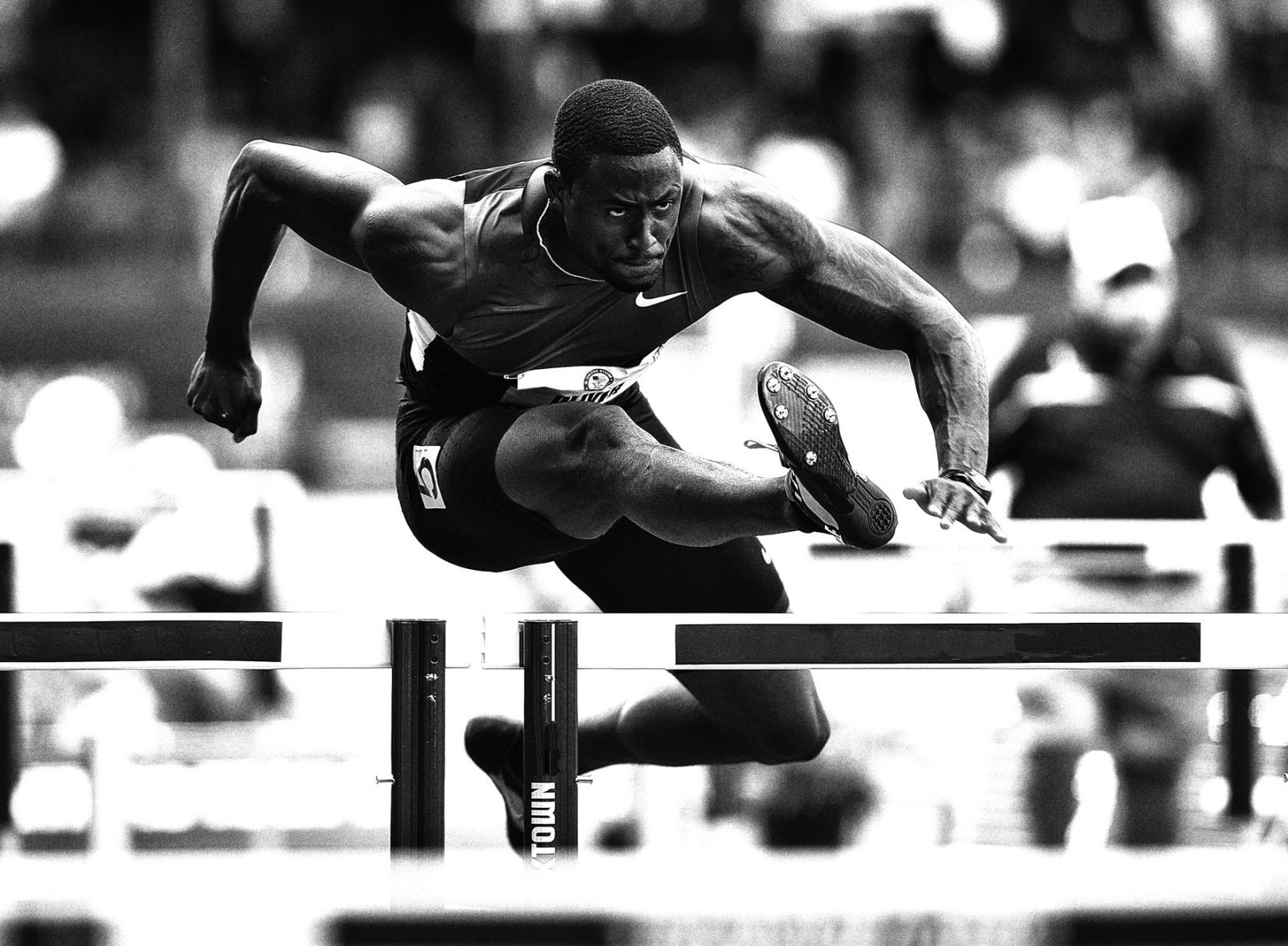 1ustrials2012_david_oliver_110h_track_and_field_image_jeff_cohen_photographer_lb.jpg