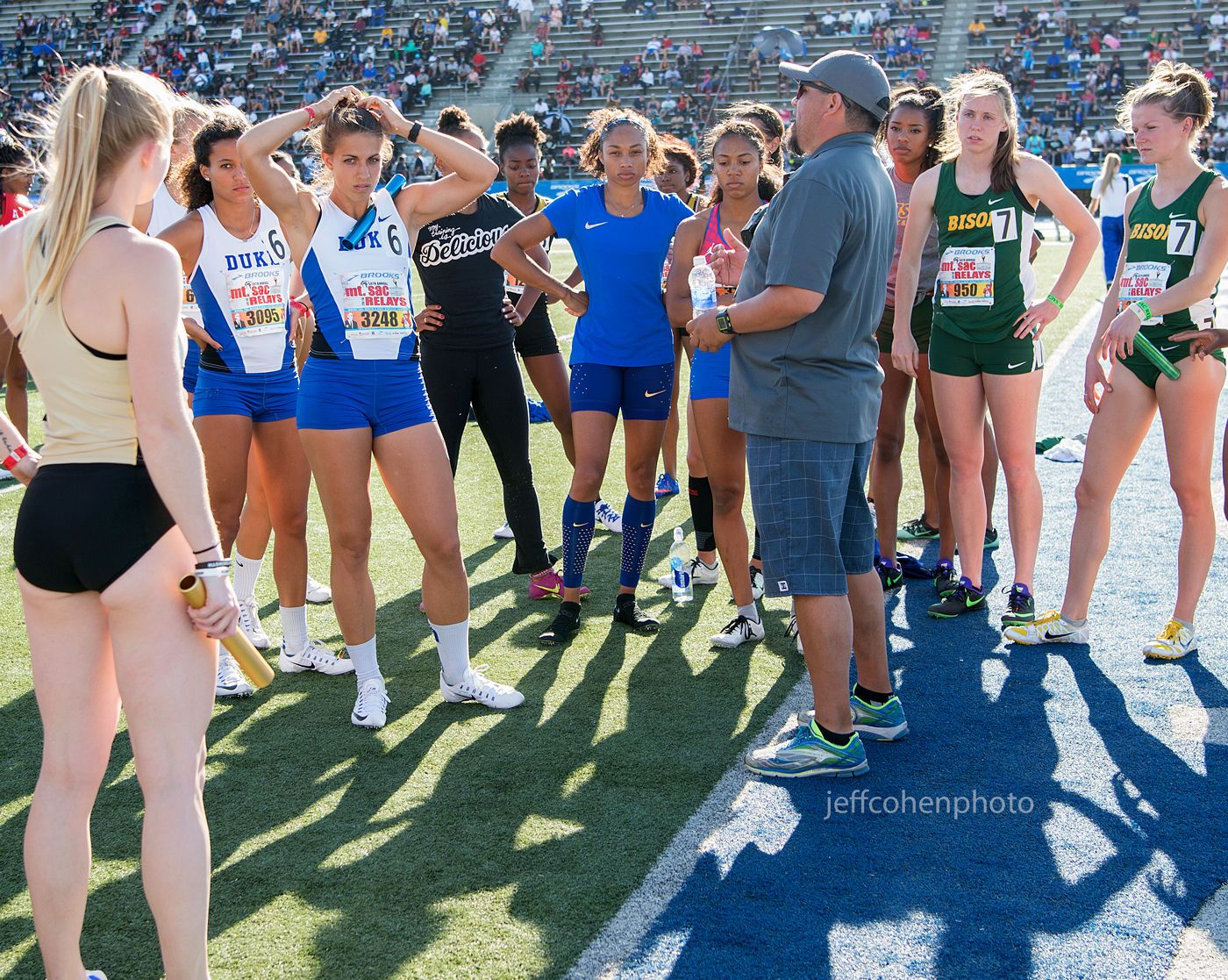 1mtsacrelays_4_16_16_af_4x400_pre_race__jeff_cohen_photo_3999_web.jpg