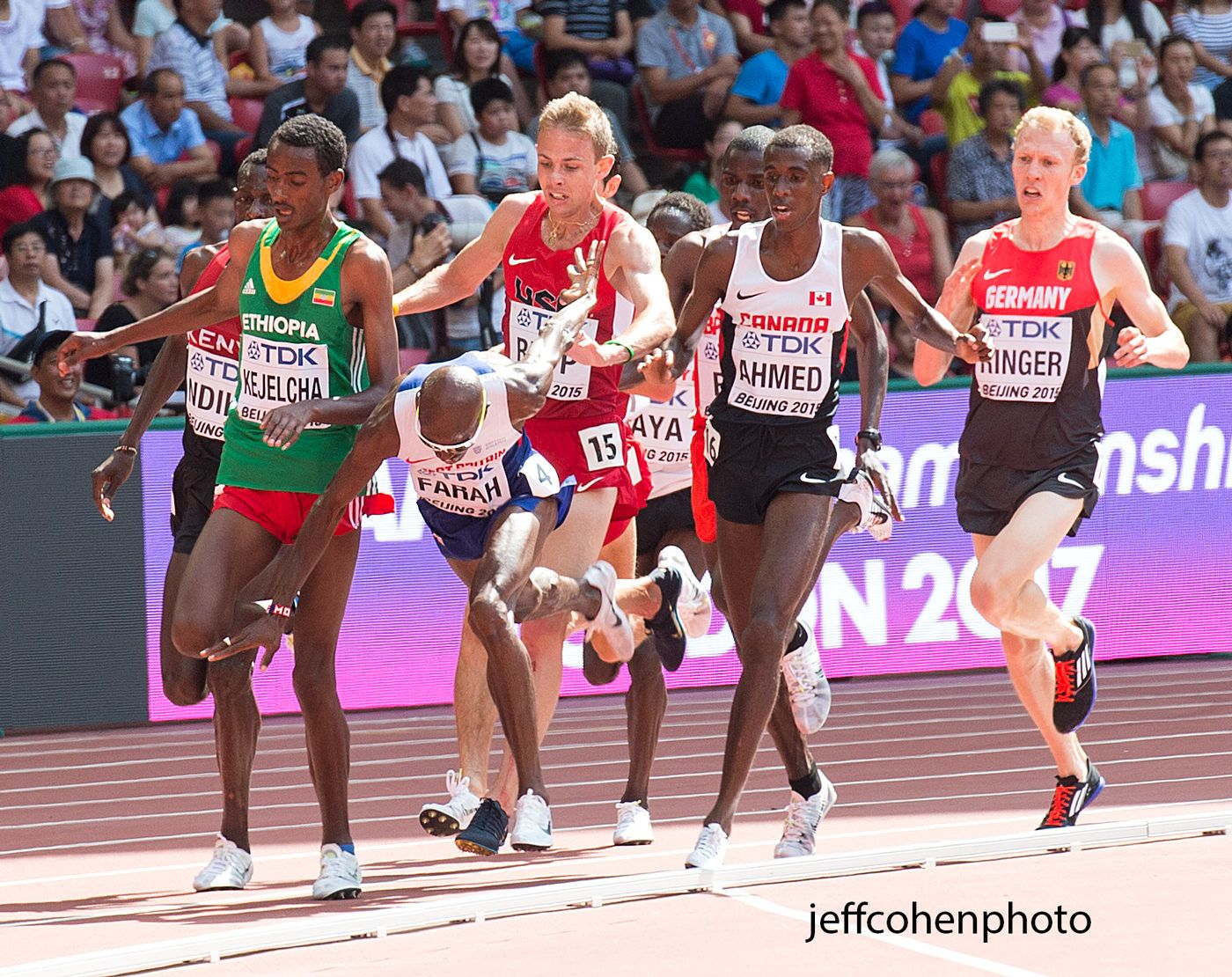 1beijing2015_day_5_mo_farah_clipped_5k_heat_jeff_cohen_photo_17406_web.jpg