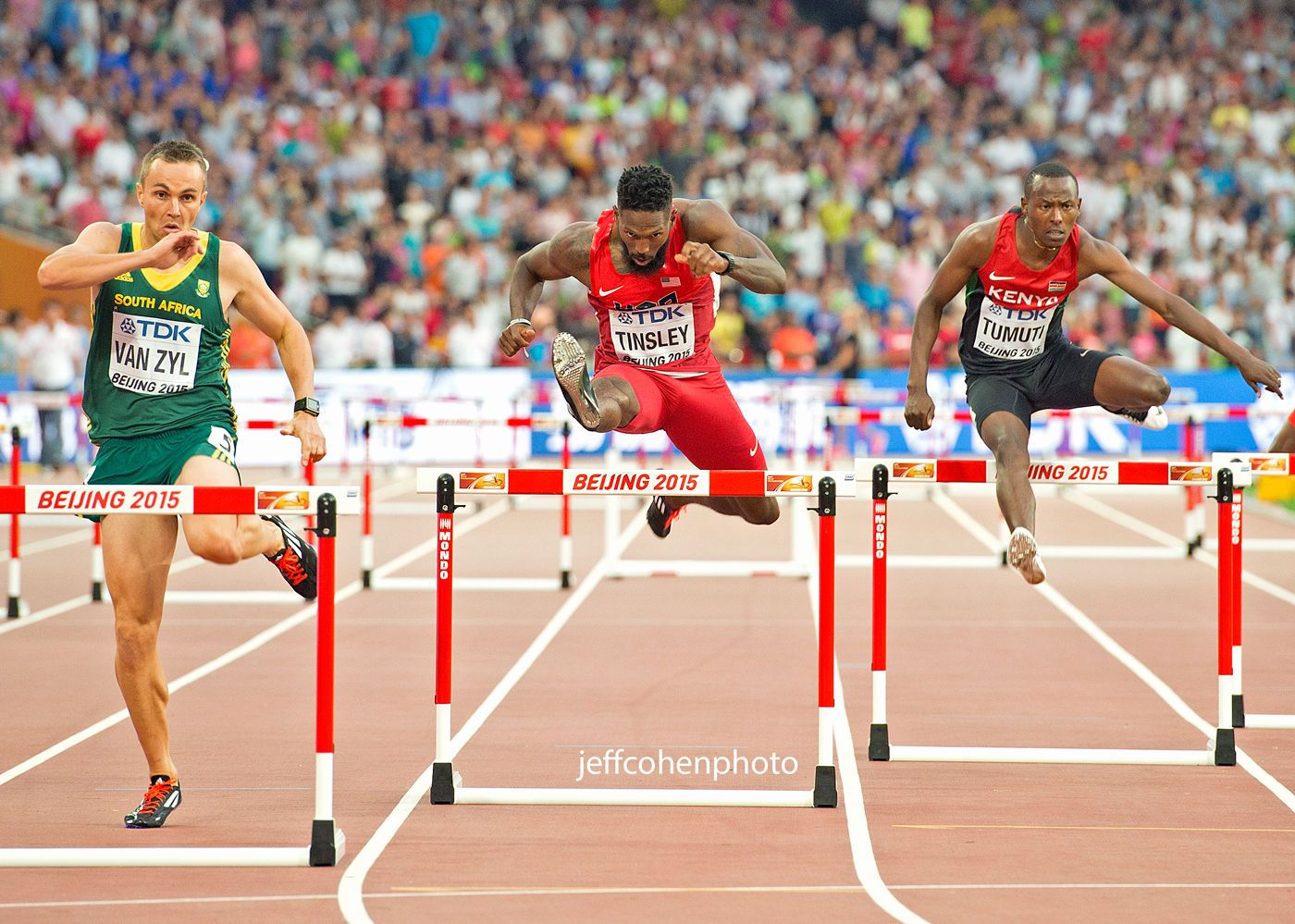 1beijing2015_day1_tinsley_400mh_jeff_cohen_photo_1732_web.jpg