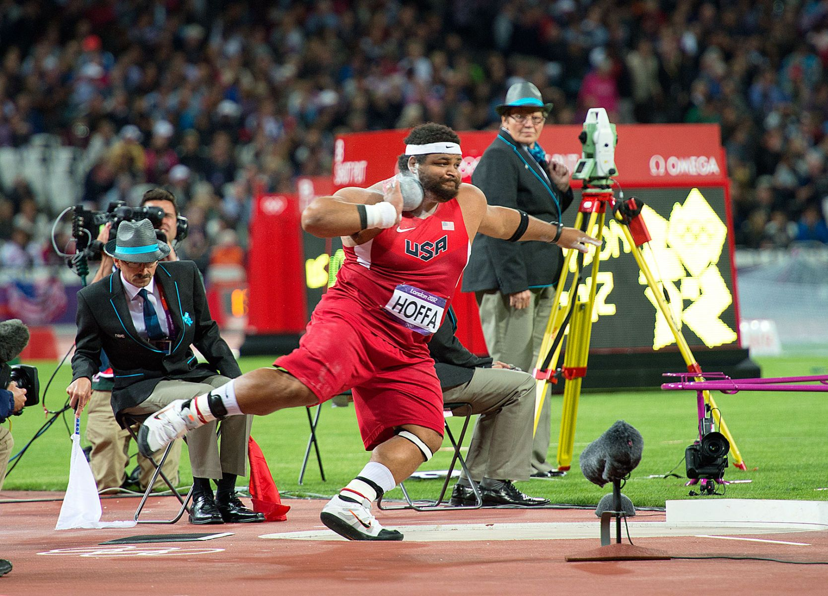 1london2012_reese_hoffa_spm_track_and_field_image_jeff_cohen_photo_lb.jpg