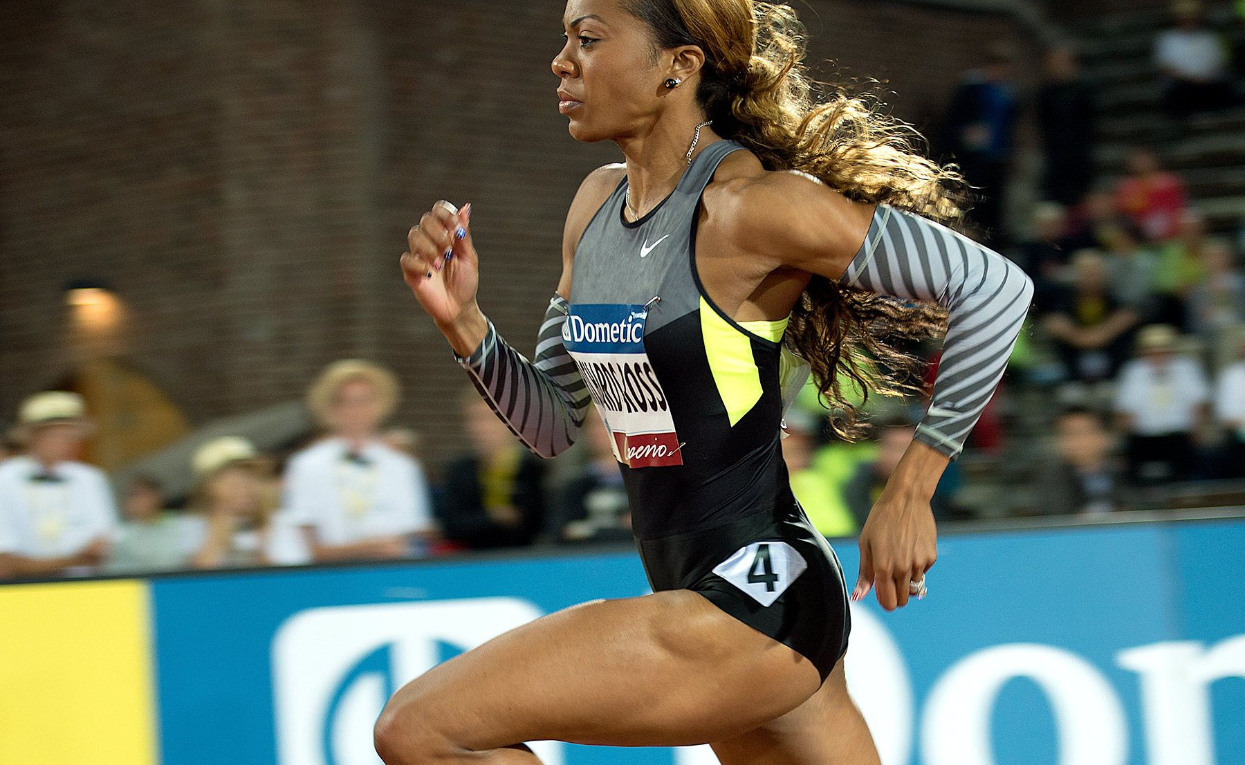 1dangalan_sanya_richards_ross_400m_track_and_field_image_jeff_cohen_photo_lb.jpg