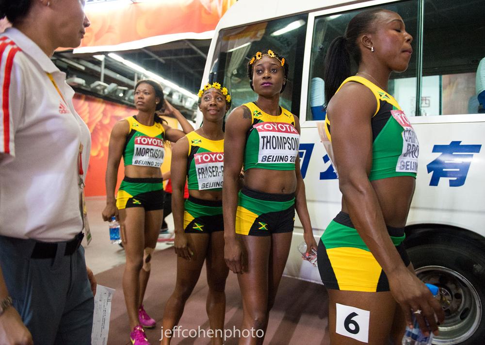 1beijing2015_night_8_4x100_jamaica_w_bus_jeff_cohen_photo_31873_web.jpg