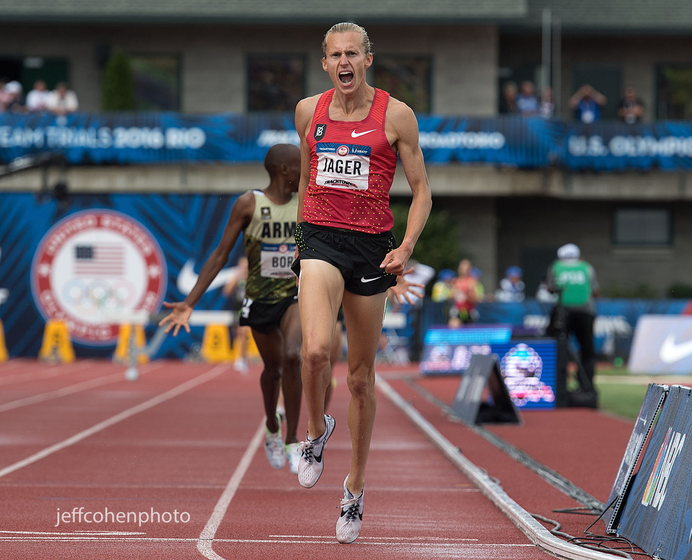 1r2016_oly_trials_day_7_evan_jager_win_steeple_jeff_cohen_photo_23227_web.jpg