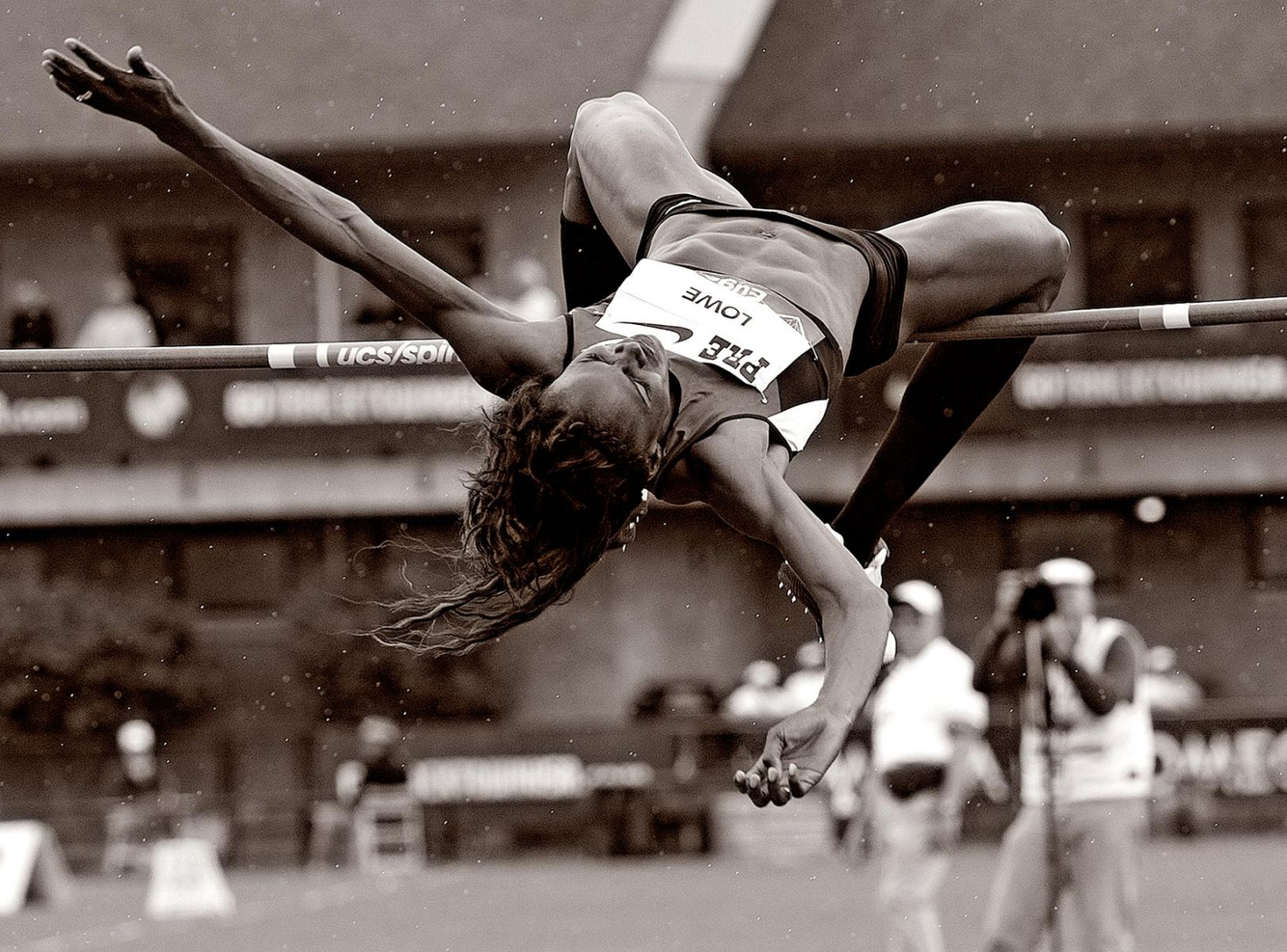 1ustrials2012_chaunte_lowe_bw_track_and_field_image_jeff_cohen_photography_lb.jpg