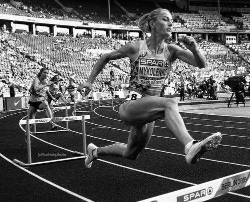 2018-EURO-CHAMPS-DAY-3--mykolenko-bw-400hw--1684--jeff-cohen-photo--web.jpg