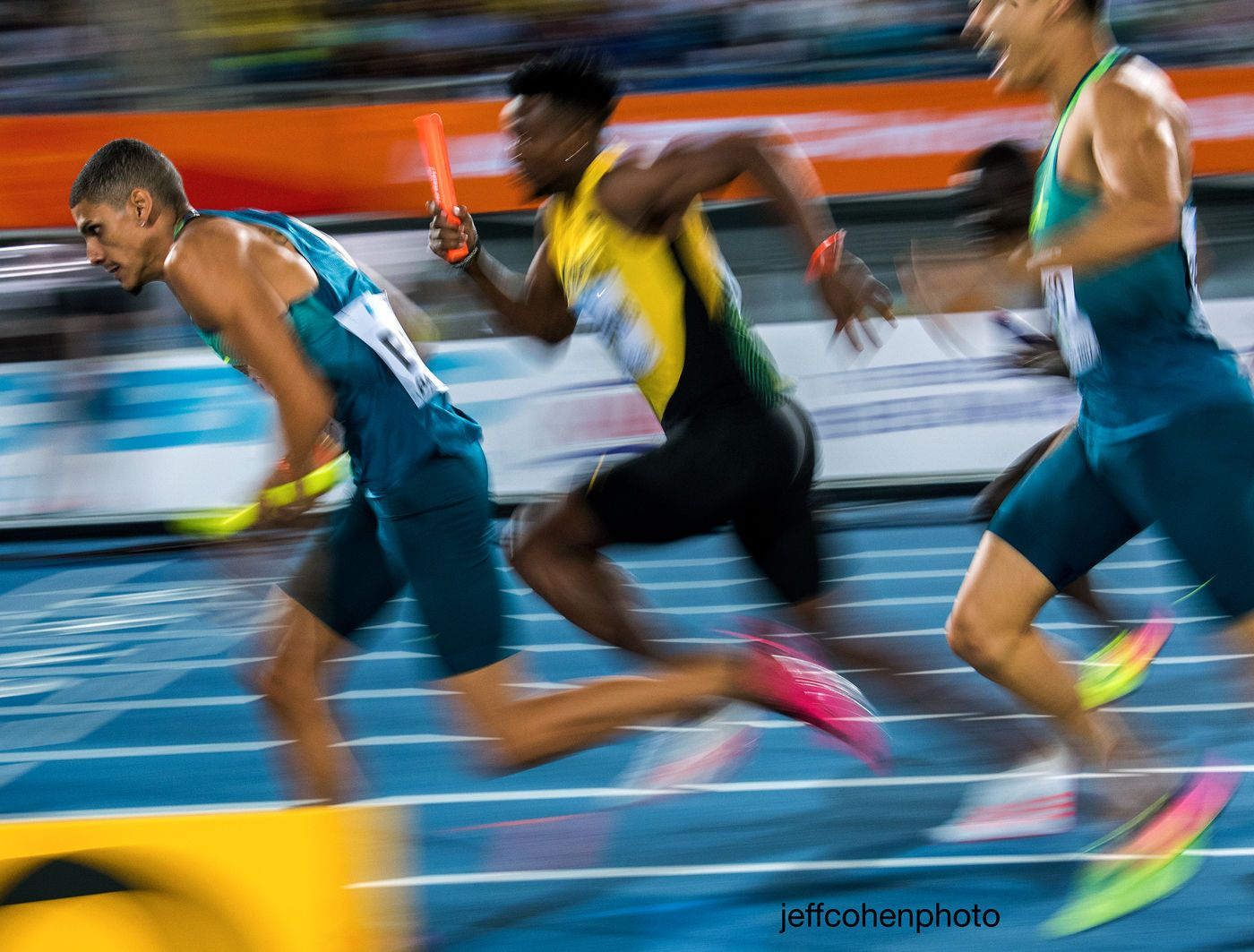 1r2017_bahamas_relays_day_1_4x400m_blur____jeff_cohen_photo__1722_web.jpg