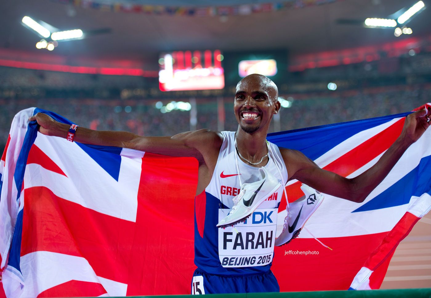 1beijing2015_night_8_mo_farah_flag_jeff_cohen_photo_33058_web.jpg