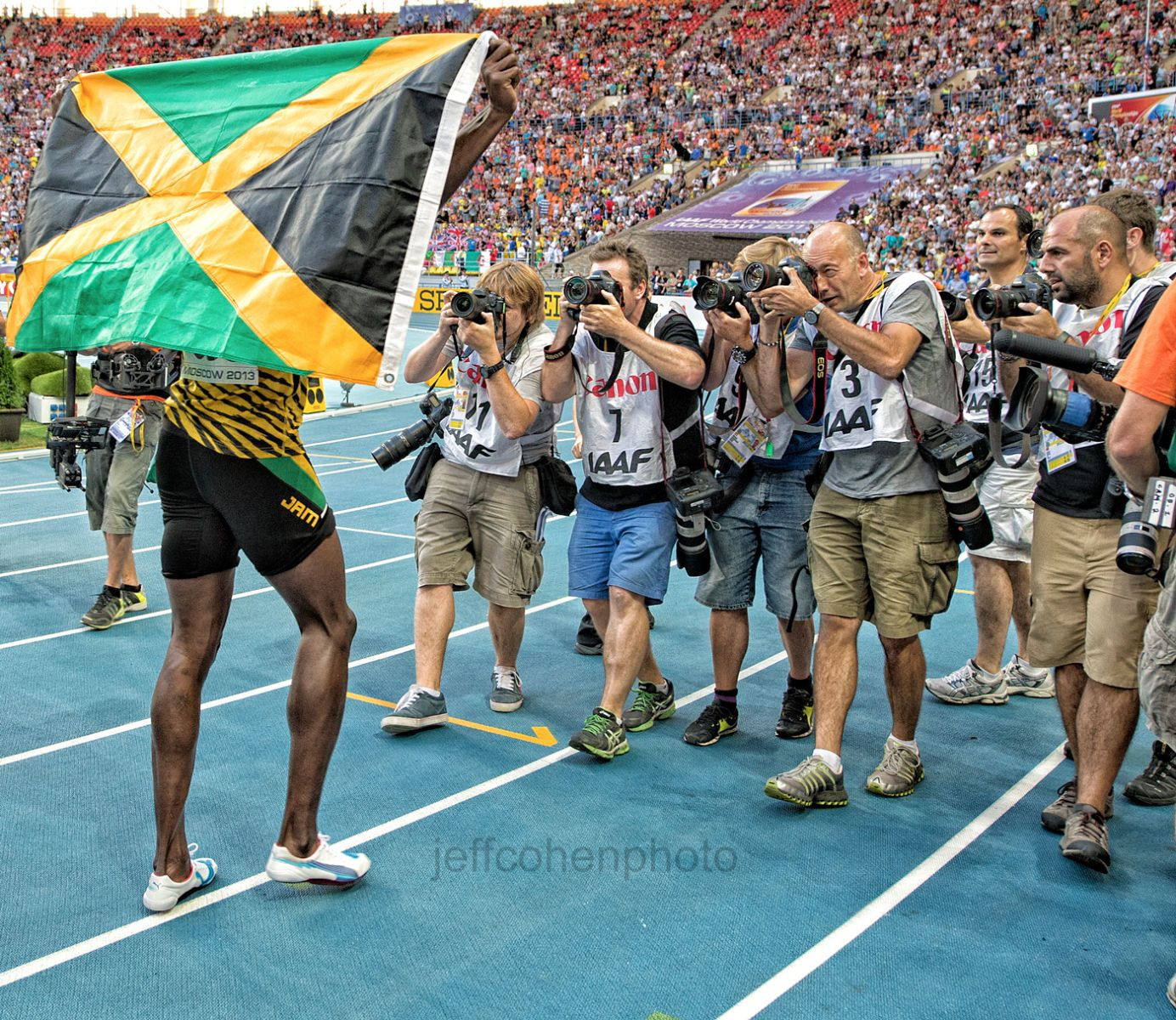 1moscow_2013_usain_bolt_photogs__jeffcohenphoto_081713_4367web.jpg