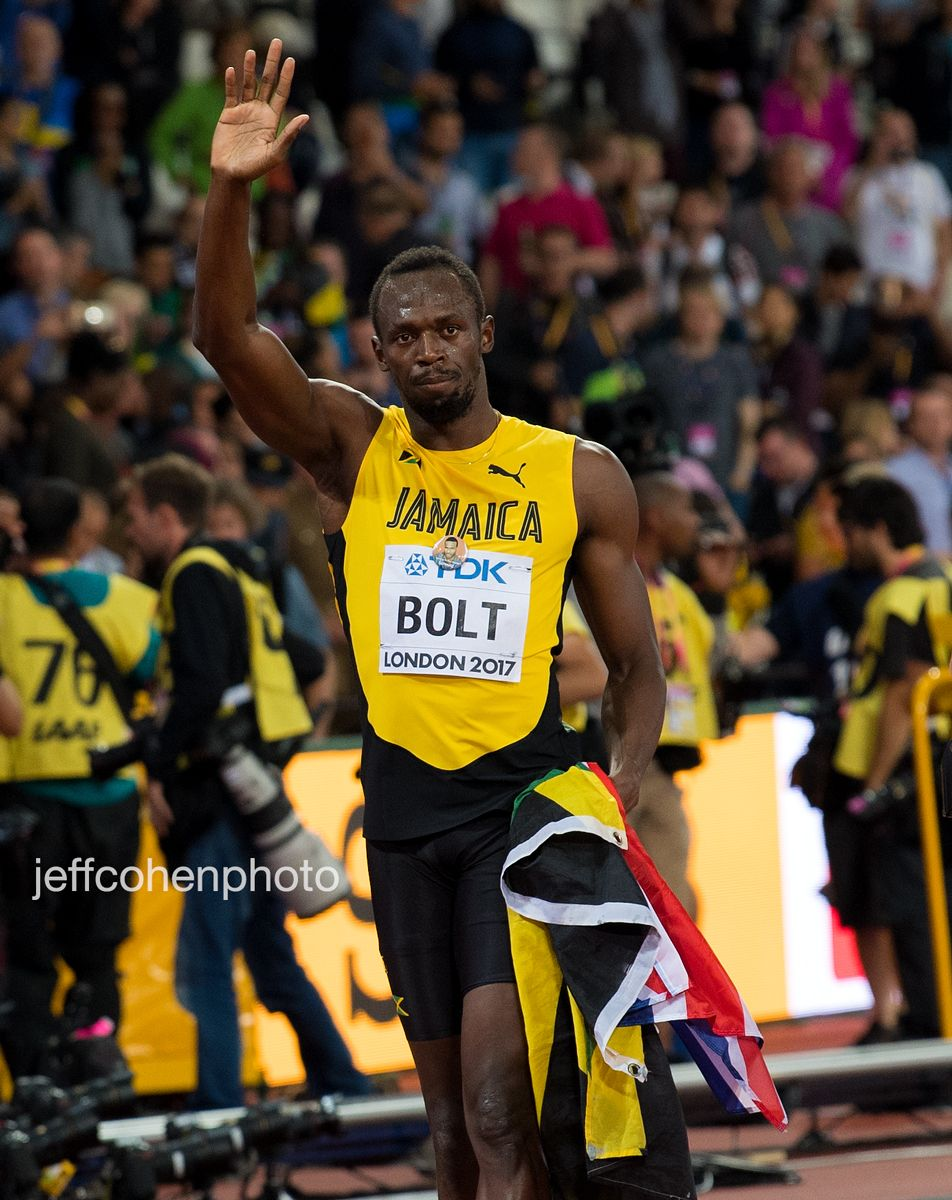 2017-IAAF-WC-London-night2974-2-bolt-wave-jeff-cohen-photo---web.jpg