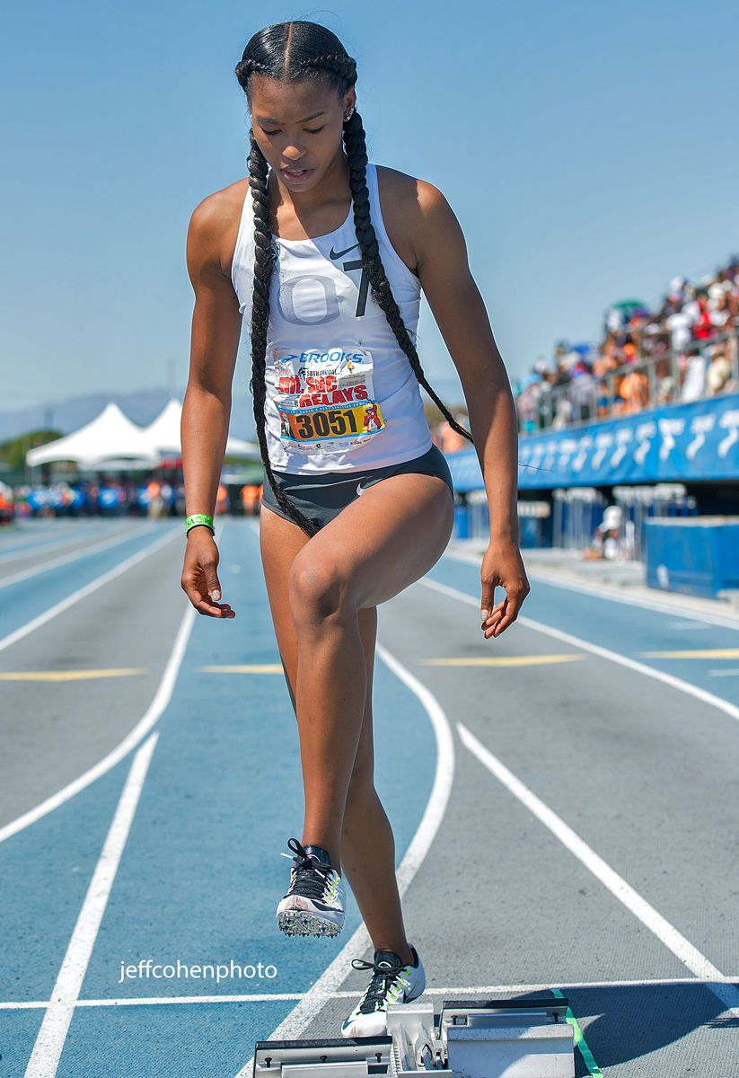 1mtsacrelays_4_16_16_ariana_washington_100m__jeff_cohen_photo_802_web.jpg