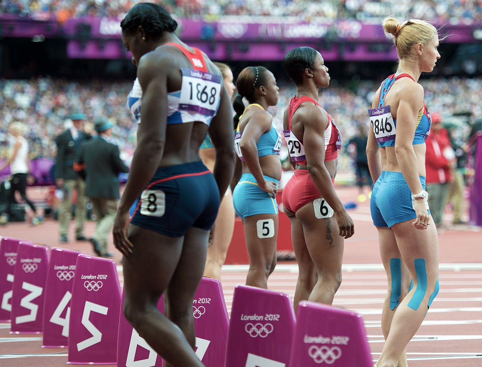 1london2012_carmelita_jeter_100m_start_track_and_field_image_jeff_cohen_photo_lb.jpg